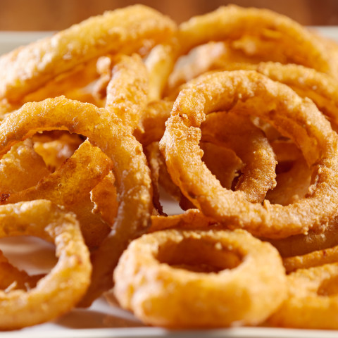 hot-and-tasty-onion-rings-2