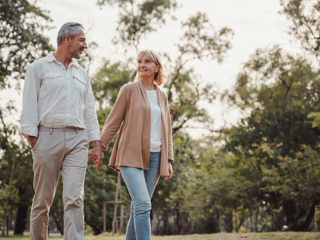 Dating in your 50's: Avoid these common pitfalls and find everlasting love again