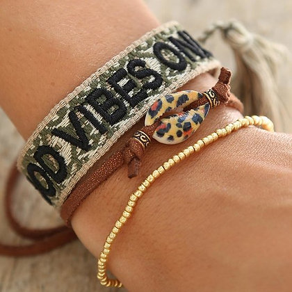 "Armband "" Good Vibes only "" Oliv"