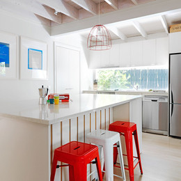 kitchen-pearl-beach-accomodation-10-peop
