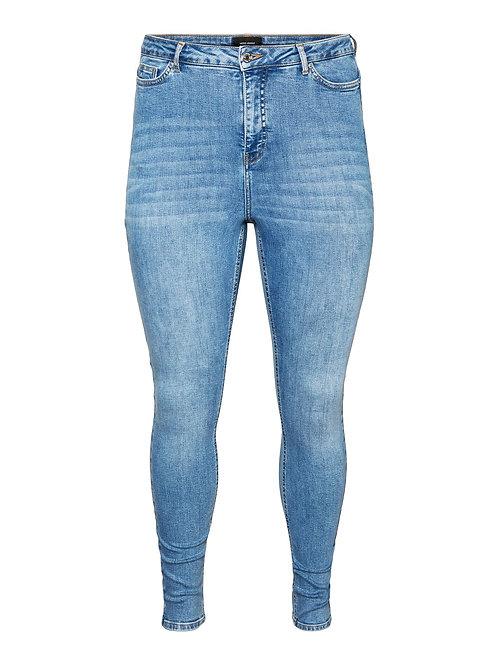 Lora, superhighwaisted jeans in lightblue