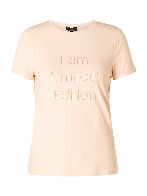 T-shirt 'I am a limited edition'