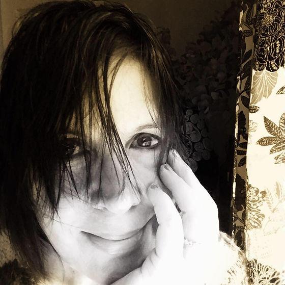 donna-frasca-psychic-medium-clairvoyant-