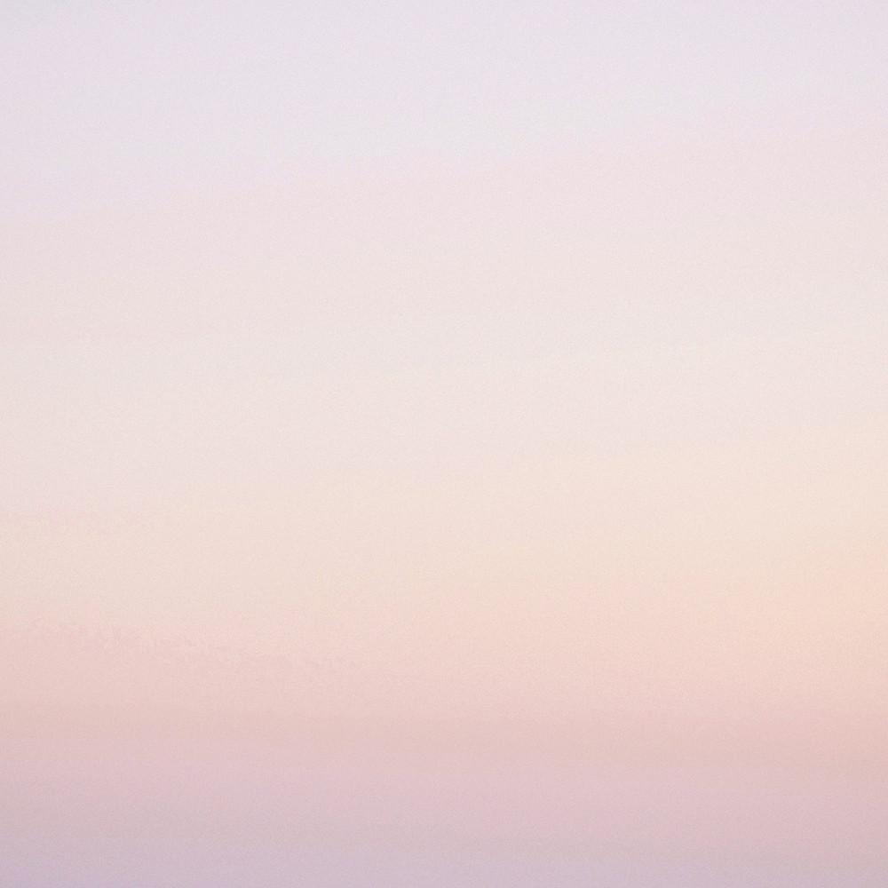 pale pink gradient