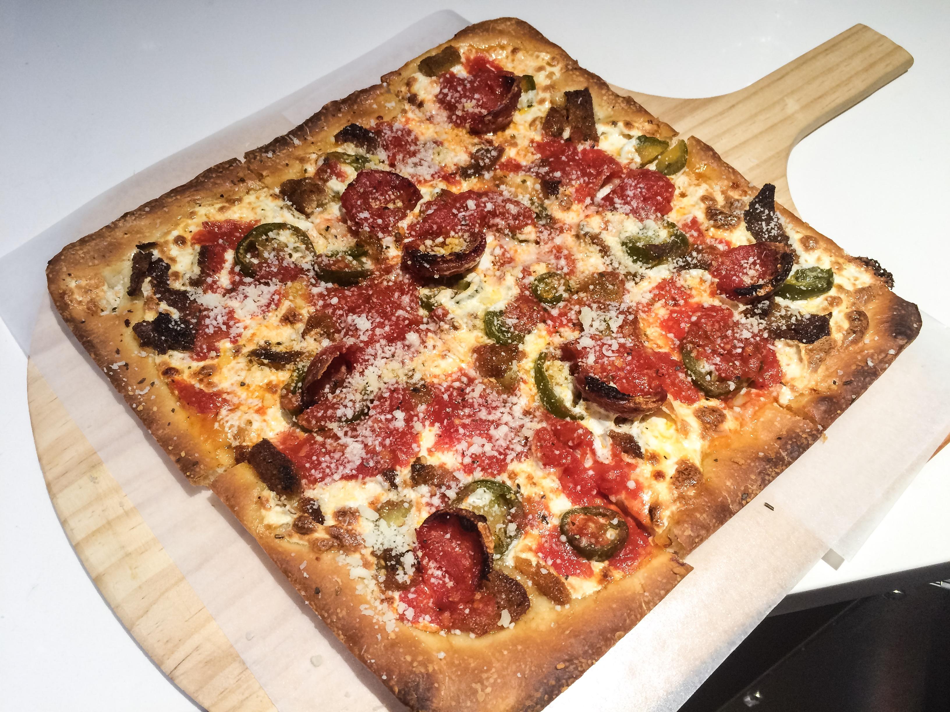 Melanzana Diavolo Pizza