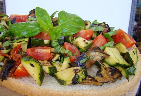 bruschetta con le verdure grigliate.jpg
