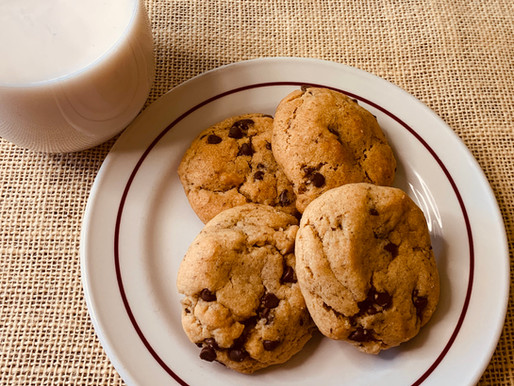 Vegan Chewy Peanut Butter Chocolate Chip Cookies