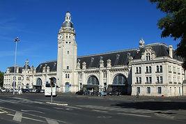 Bâtiment-voyageurs_de_La_Rochelle_(1)_pa