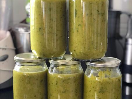 Lemony Pea & Spinach Soup
