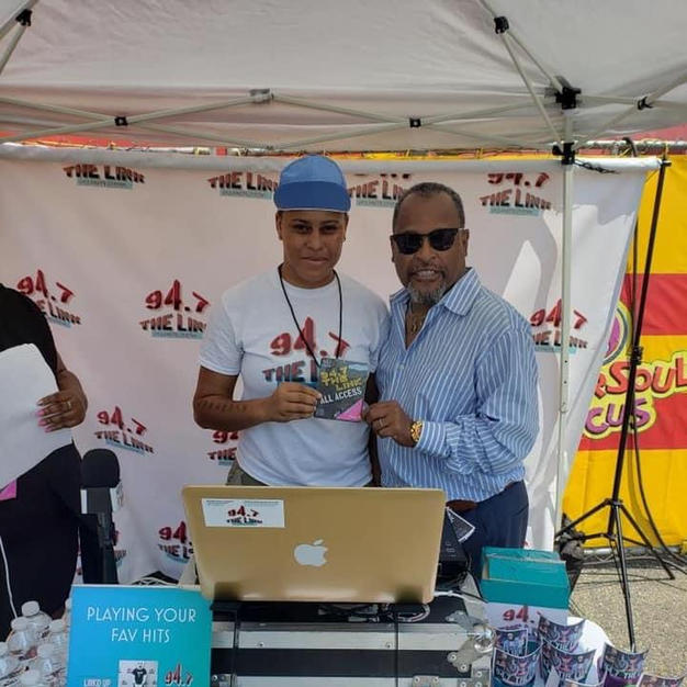 Iamdjro & Marketing Manager Tommmy 4 Universoul Circus
