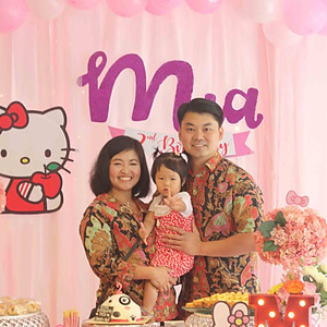 Mia's 2nd Hello Kitty Birthday!