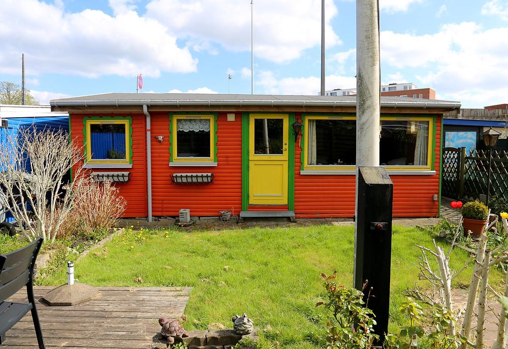 Farverigt hus i Haveforeningen Vennelyst