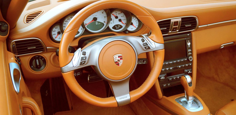 Porsche 911 Carrera S Interior