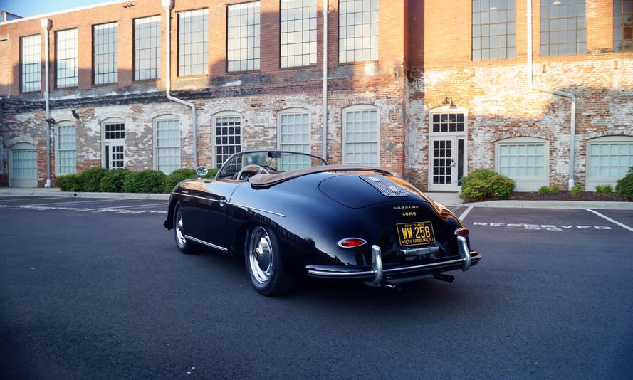 Porsche 356 Speedster 2.jpg