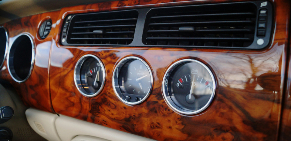 Jaguar XKR Dashboard