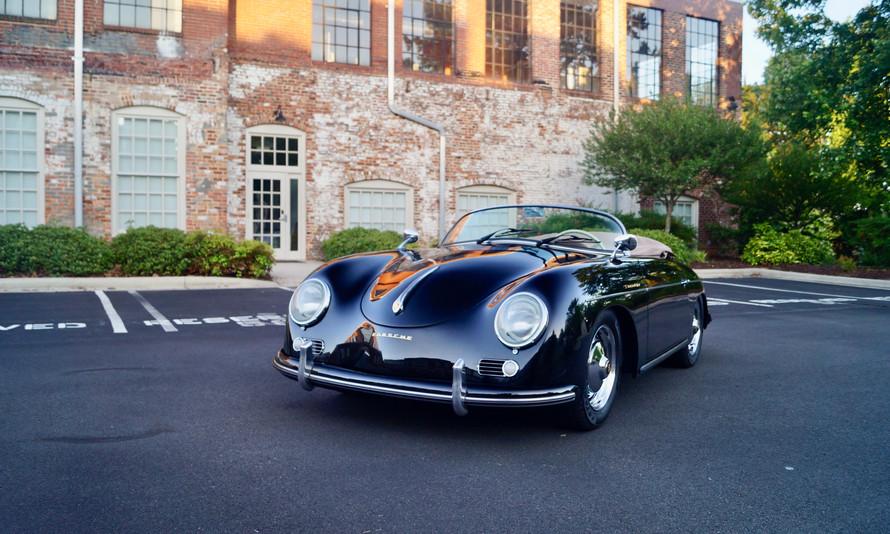 Porsche 356 Speedster 1.jpg