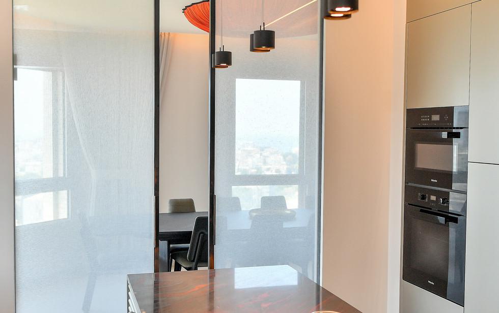 Gan Hair Tower, kitchen