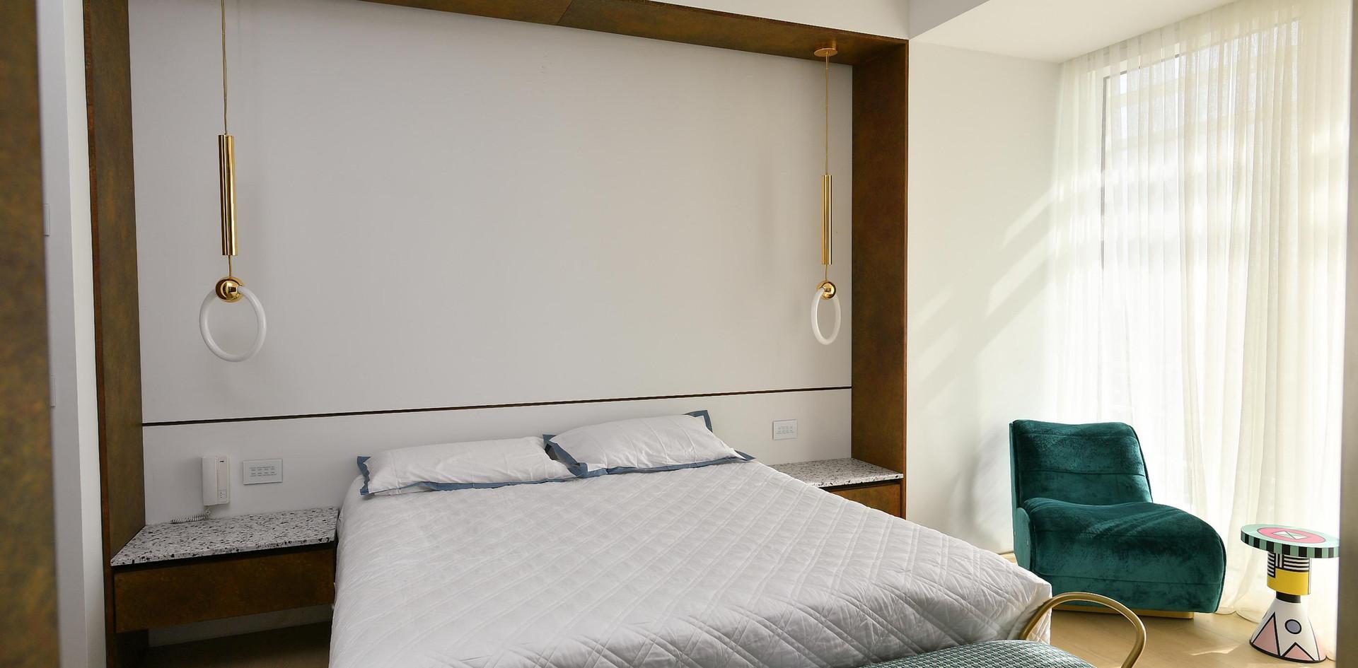 Meier Tower, bedroom