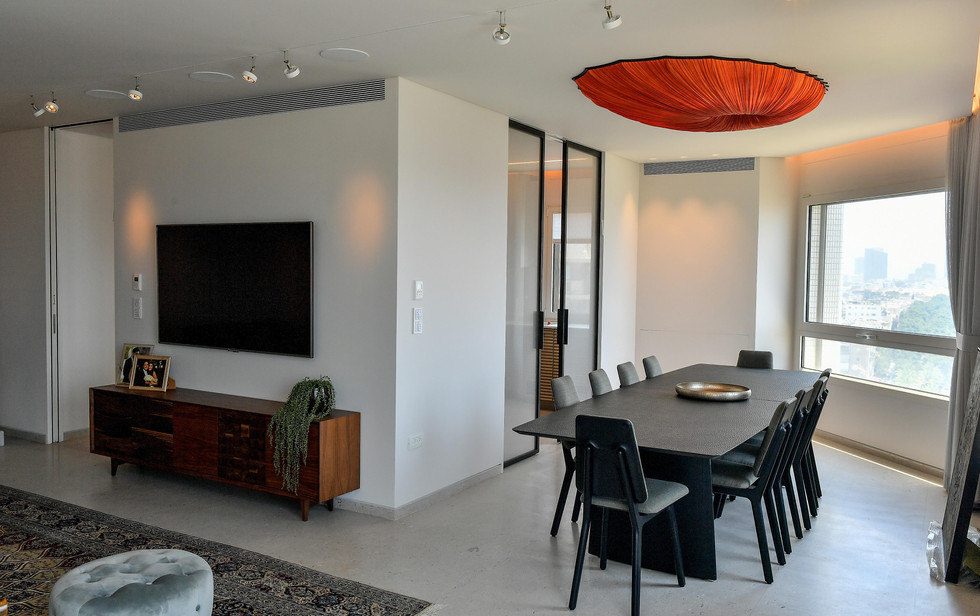 Gan Hair Tower, living room