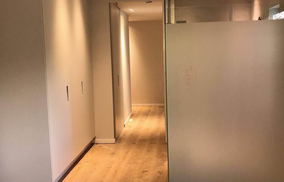 Jabotinsky, hallway