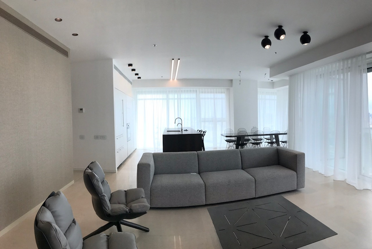 Rothschild blvd, living room
