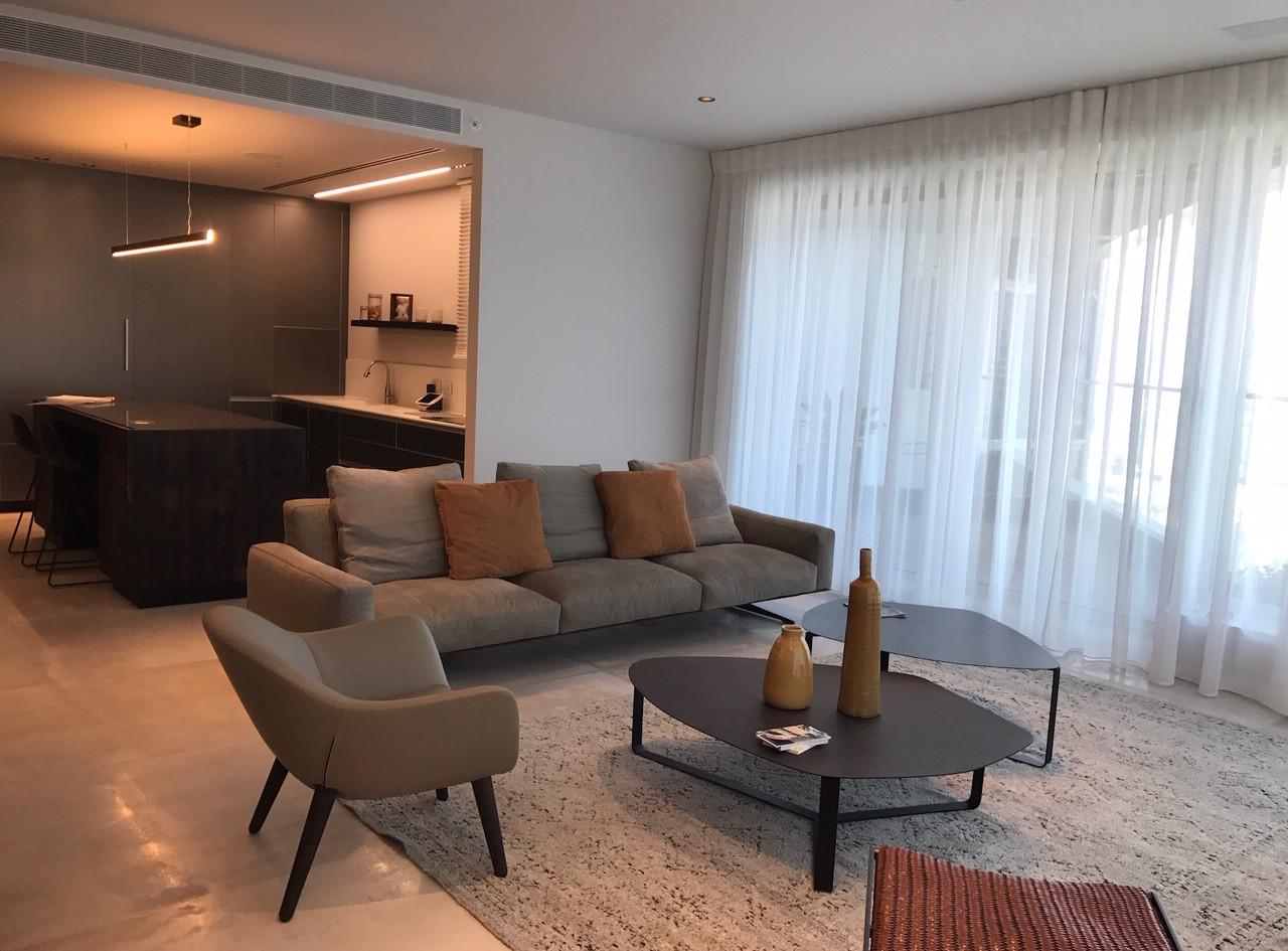 One Lustigman, living space