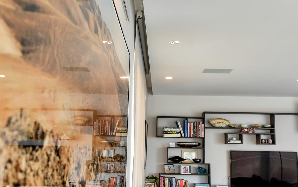 living room, detail