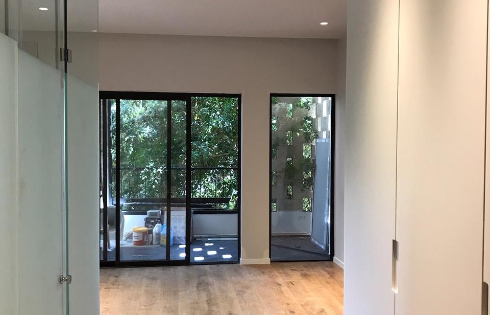 Jabotinsky, hallway view