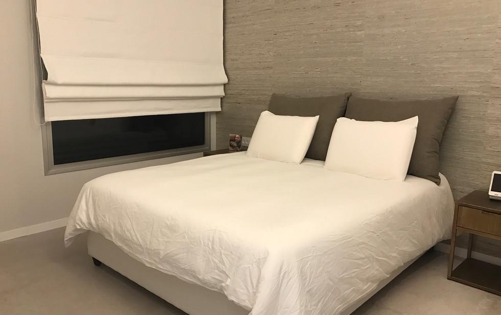 One Lustigman, bedroom