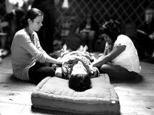 soin rebozo lyon rituel massage femme féminin sacré lyon hammam massage domicile
