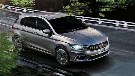 fiat-TIPO-lounge-5P.jpg