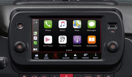 Fiat_Panda-Sport-Trims-radio-touch-scree