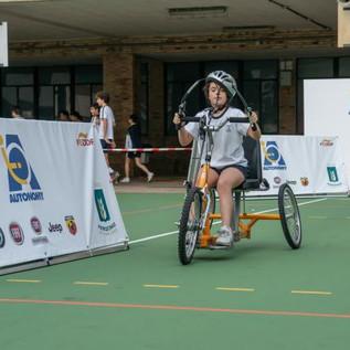 El Programa Autonomy de FCA acerca el deporte adaptado y la movilidad a los colegios.