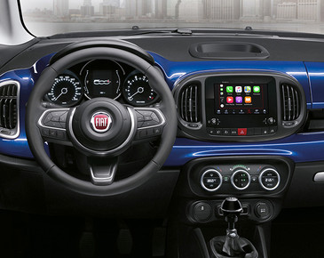 fiat-500L-mirror-family-car-02-desktop-6