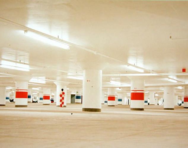Paysage étalonné, stationnement souterrain, Toronto 1998