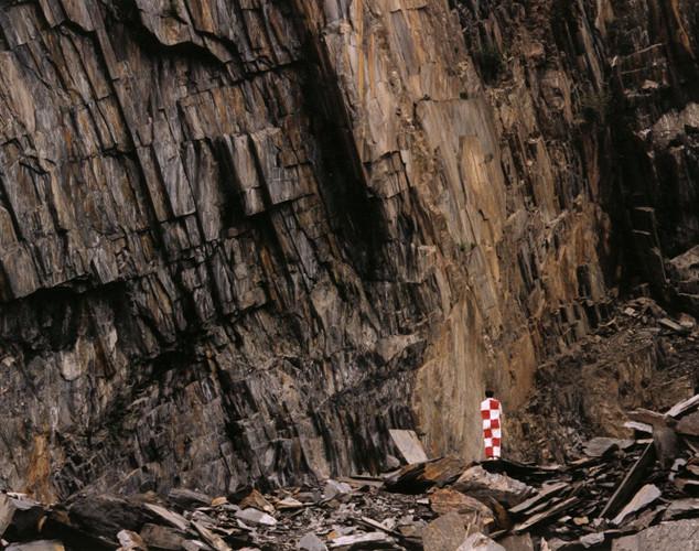 Paysage étalonné, carrière d'ardoise près de Lourdes, Pyrénées, 1996