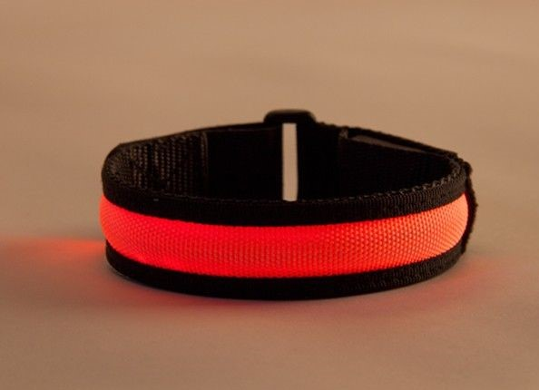 Arm band black-red