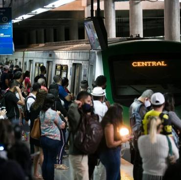Sindicato aciona Justiça para tentar encerrar greve do Metrô no DF