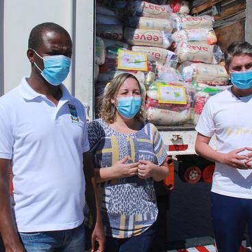Prefeitura de Águas Lindas recebe 70 toneladas de alimentos para famílias em vulnerabilidade social