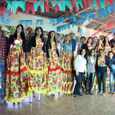 Serviço de Convivência e Fortalecimento de Vínculos realiza Festa Junina com muita diversão