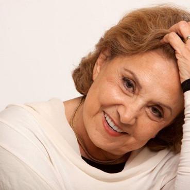 Eva Wilma é diagnosticada com câncer de ovário e está internada em UTI