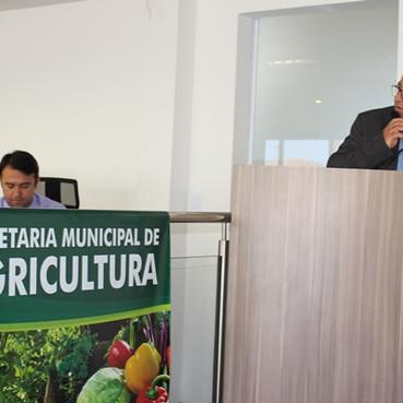Prefeitura de Águas Lindas realiza palestra para fomentar a piscicultura no município