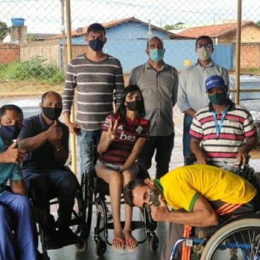 Prefeitura faz reunião com representantes de cadeirantes em Águas Lindas de Goiás