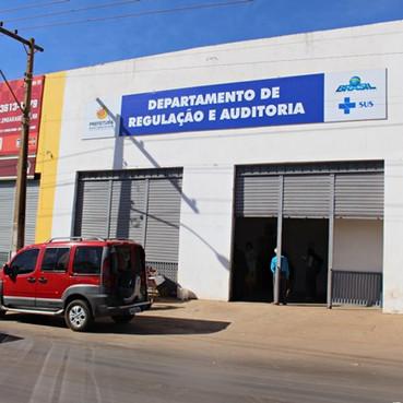 Prefeitura de Águas Lindas amplia acesso à saúde com a implantação da Central de Regulação e Auditor