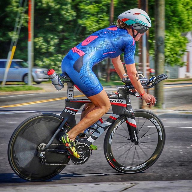 Gearing back up to race #im703eagleman on Sunday! 🤞🏻#roundtwo #readytorace #again #pearlizumi 📸 M