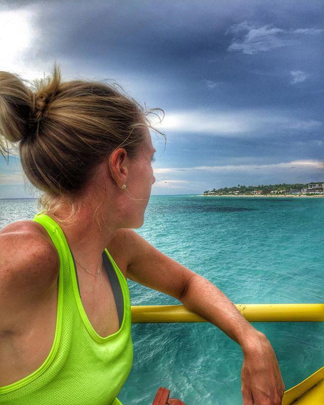 Made it to Cozumel! Can't wait to go for a swim! 🏊__#triathlon #im703cozumel #swim #turquoisewater