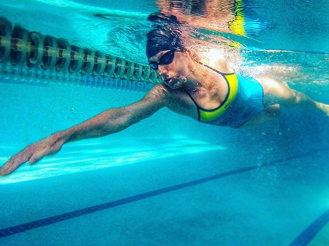 🌊Workout Wednesday _When there's usually no water warmups on race day, simulating fast starts in th