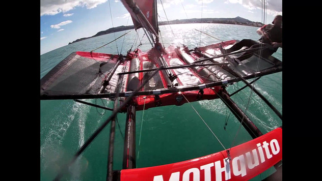 MOTHQUITO IFS FOILING Tests Phase Rider: Angel Palomar