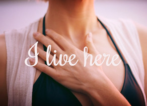 I live here: A woman's journey back home to her/self