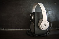 music-2297250_1920.jpg